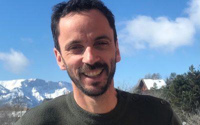 """LA SÉLECTION DU PRIX DU ROMAN D'ÉCOLOGIE (2) Enquête et poésie pour nourrir l'imaginaire écologique. Entretien de Luc Bronner avec Sara Buekens autour de """"Chaudun, la montagne blessée"""""""